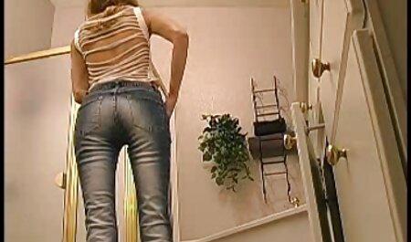成熟したpornstarsのランジェリー slutにゃ彼女のお尻のキッチン 女性 用 av 無 修正
